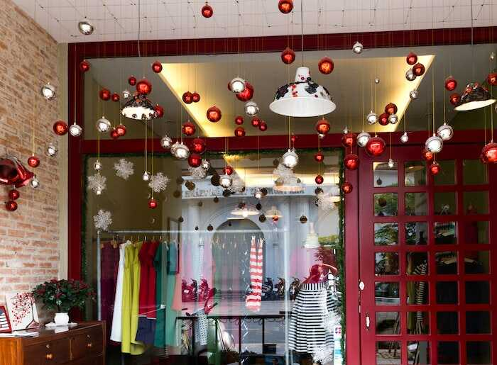 Decoratiuni de sezon de iarna magazin